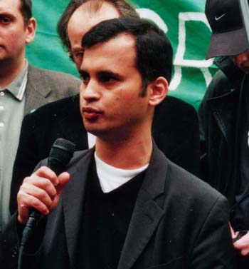 Murad Qureshi, Westminster councillor and representative of the Bangladeshi community : see photo of Bangladeshis at the rally, above. - qureshi_1