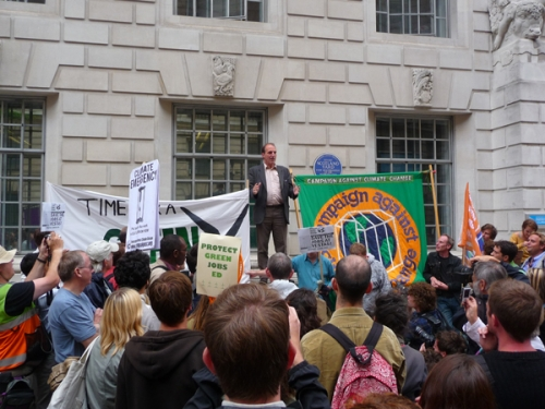 Simon Hughes MP addresses demo